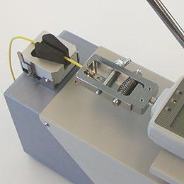 Abziehklemme CH-500N und Kabelklemme CW-500N