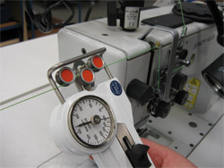 Tension meter DX2 with a sewing machine