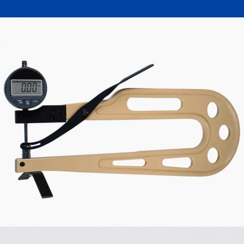 Dickenmesser DMD-830-F
