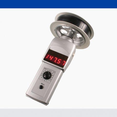Geschwindigkeits- und Längenmesser DT-107A-12C